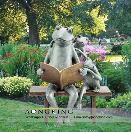 Abstract Reading Books Bronze Frog Sculptures Garden