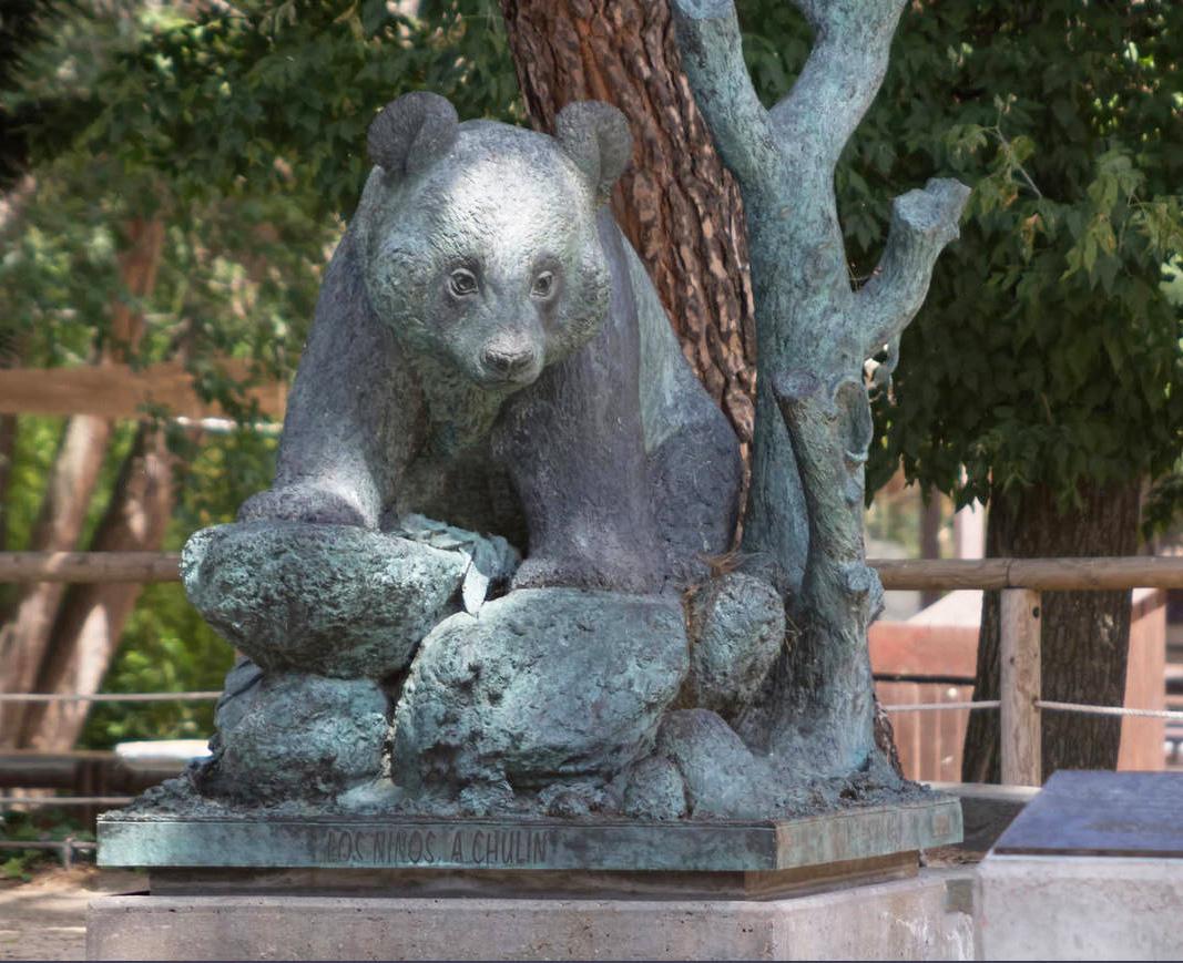 Bronze Outdoor Garden Huge Giant Panda Animal Sculpture