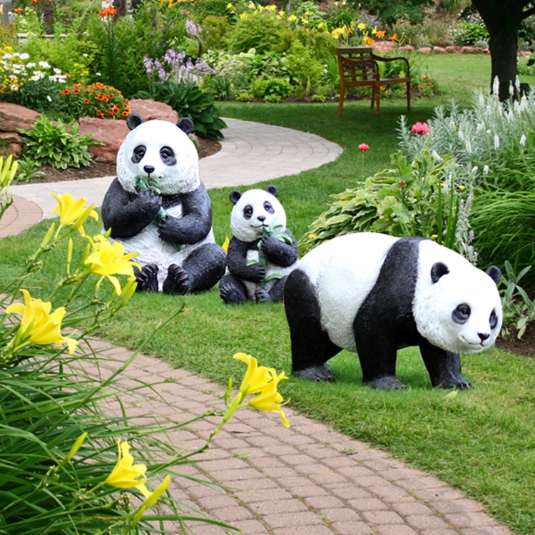 Garden Animal Ornament Large Panda Family Resin Sculpture