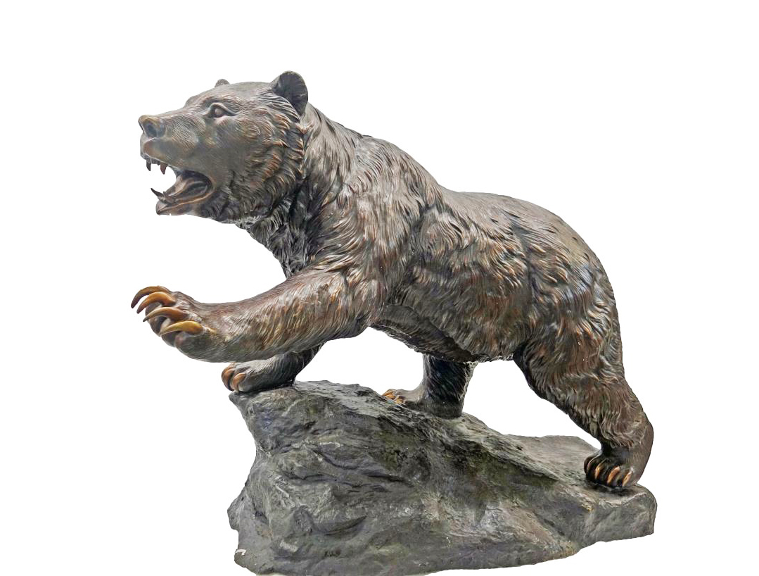 life size grizzly bear