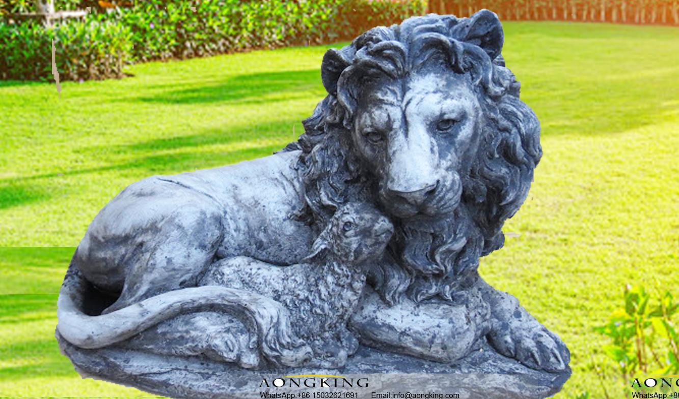 lion and lamb sculpture