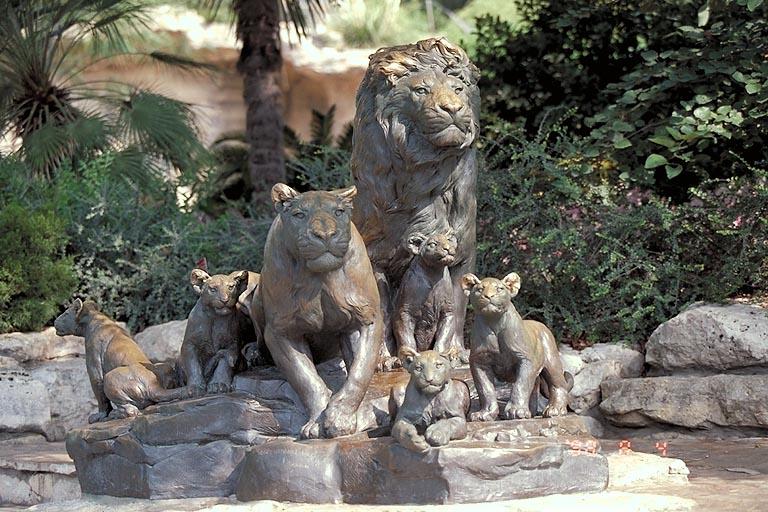 Large Bronze Outdoor Harmonious Lioness Sculpture
