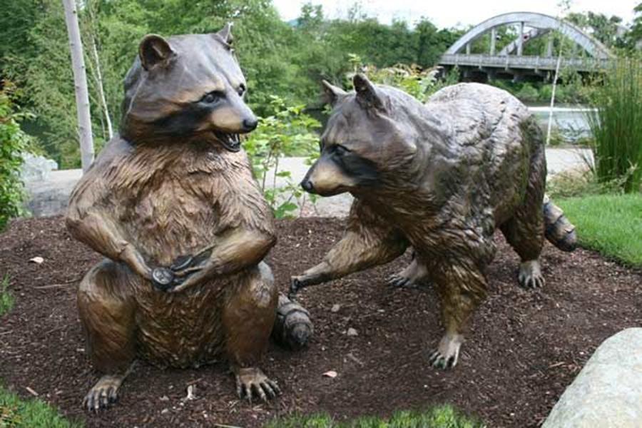 racoon sculpture