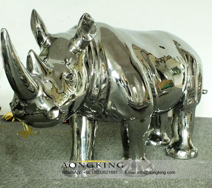 Modern Animal Design Rhinoceros Garden Stainless Steel Sculpture