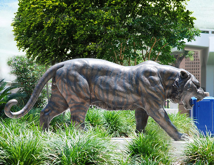Large Animal Decoration Bronze Tiger Garden Ornament Sculpture
