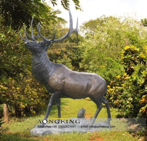 Life Size Bronze Wapiti Sculpture for Outdoor