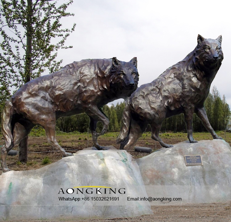 Large Life Size Outdoor Decoration Wolf Dog Bronze Statue