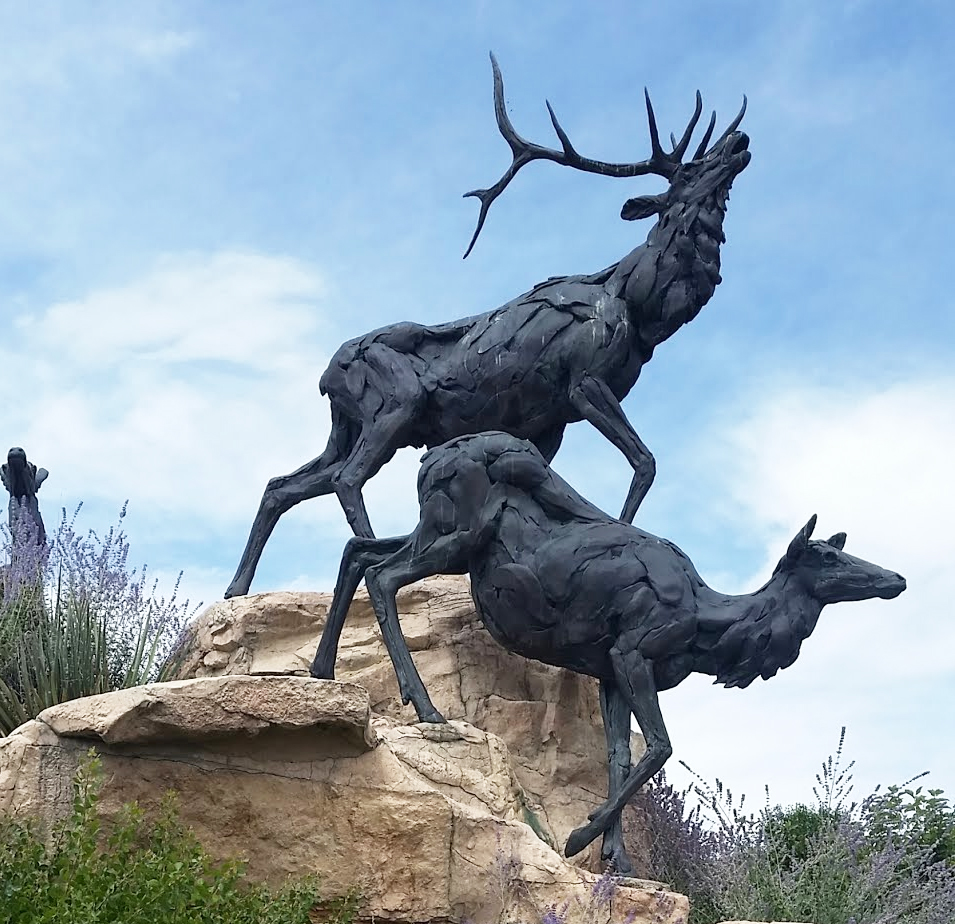 Large Outdoor Life Size Bronze Deer Garden Ornaments on the Stone