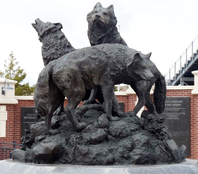 Outdoor Large Bronze Garden Decor Sculptures of a Group of wolves