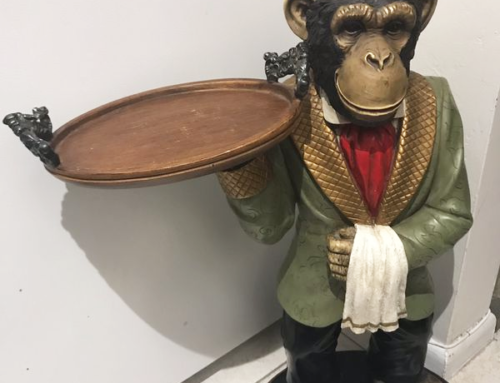 Abstract Bronze Home Decor Art Corner Table Monkey Butler Statue