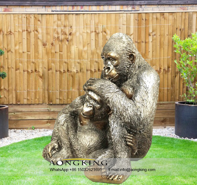 Lovely Bronze Mountain gorilla and Baby statue