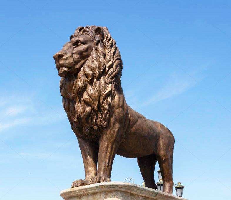Hot Sale Large ornaments lion Bronze sentinel statue