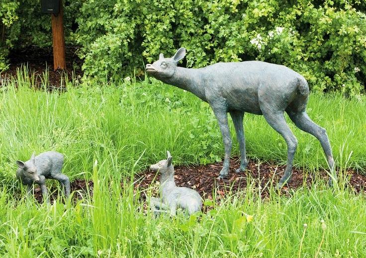 Best Selling Bronze Outdoor garden deer Family statues