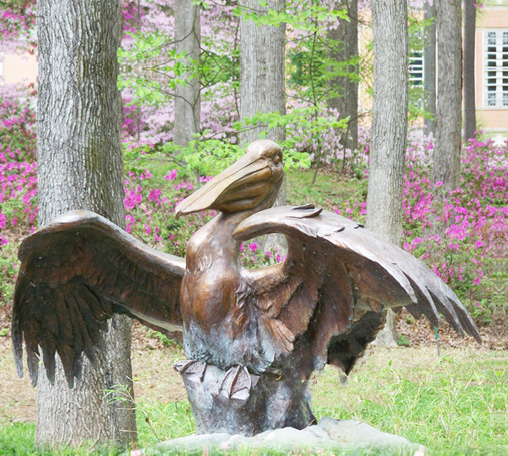Outdoor Garden Large Brass Animal Sculpture Pelican Statue with outstretched Wings