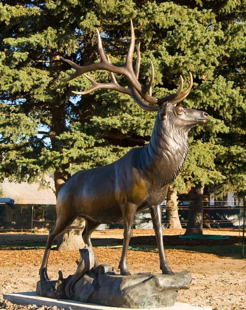 Large Life Size Outdoor Garden Work of Art Bronze Sculpture of Elk