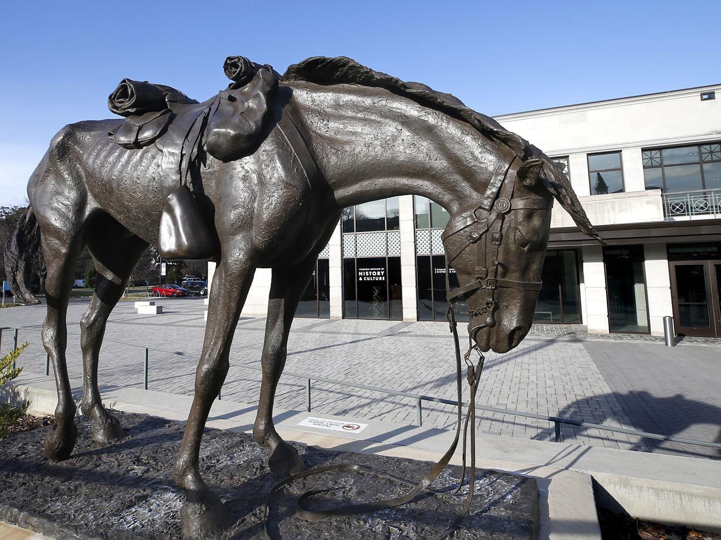 Ardennes horse sculpture