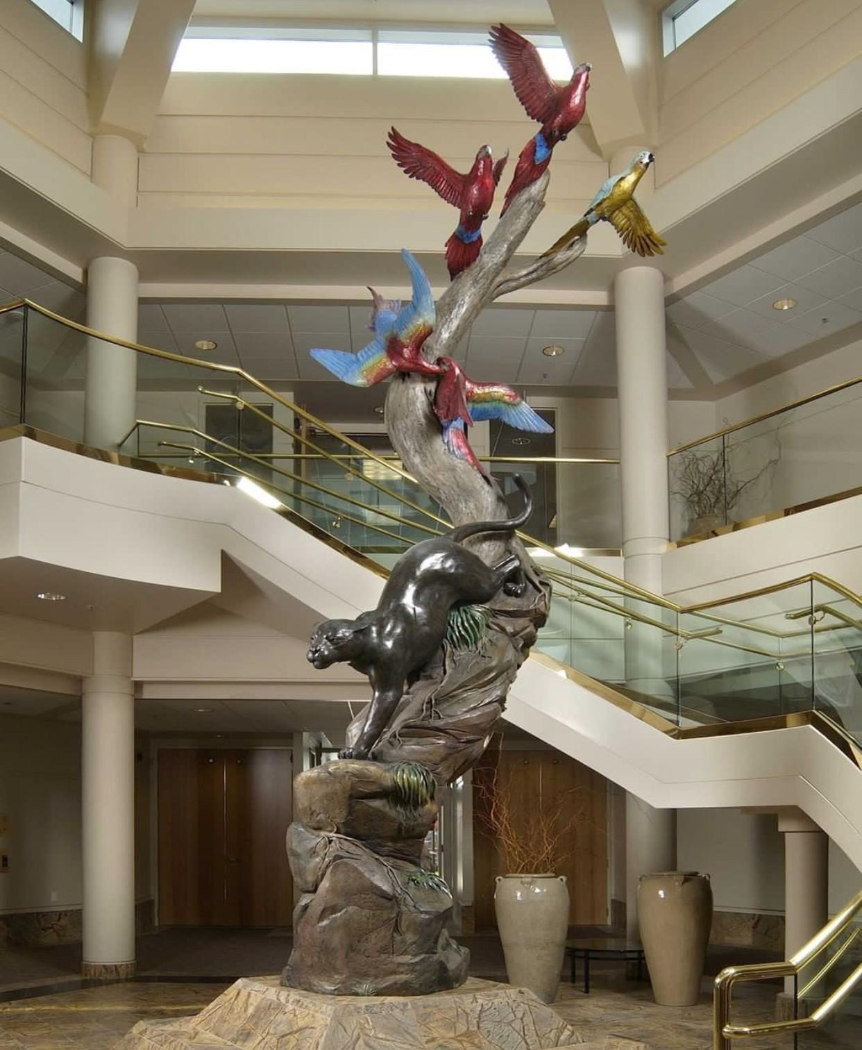 Art big metal cat statue