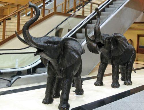 Metal cast bronze Elephant statue for home decor