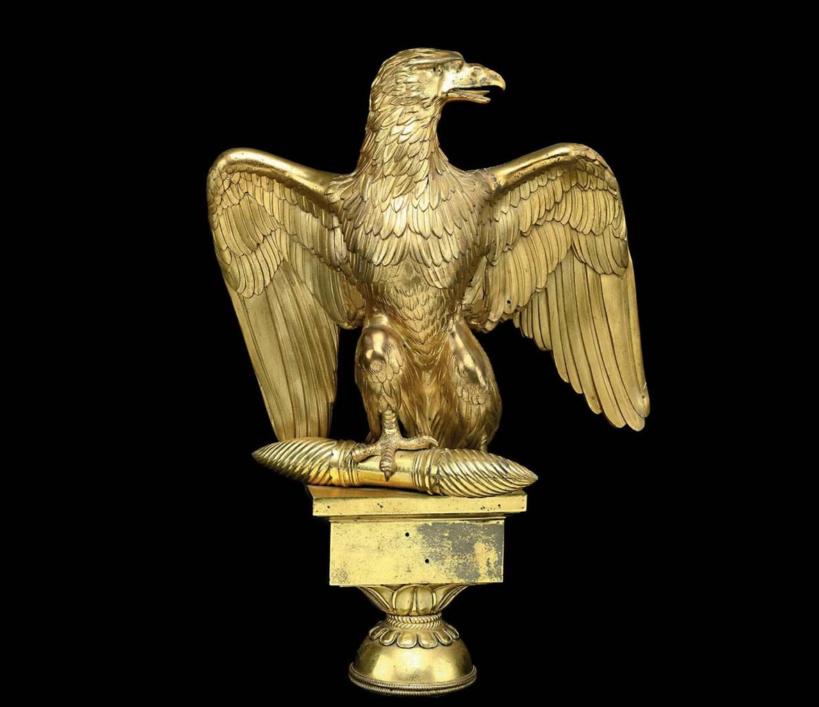 Majestic composition French imperial bronze golden eagle sculpture for decoration