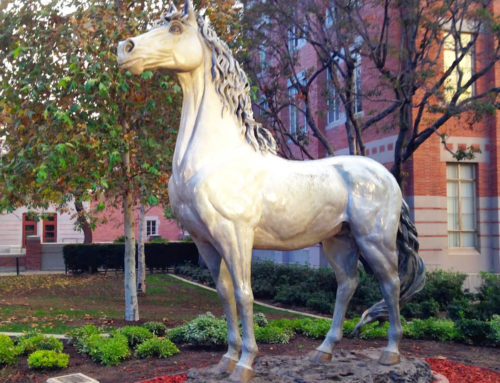 Customized artificial crafts reasonable price white horse sculpture for outdoor