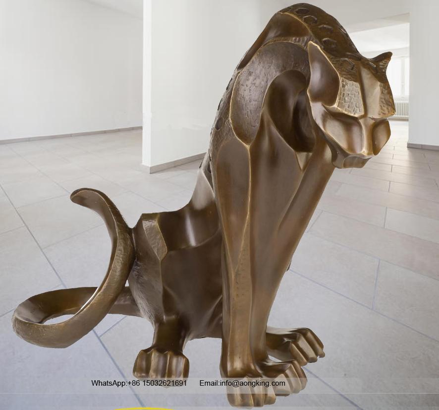 Art shop hot selling modern style abstract bronze jaguar sculpture for outdoor