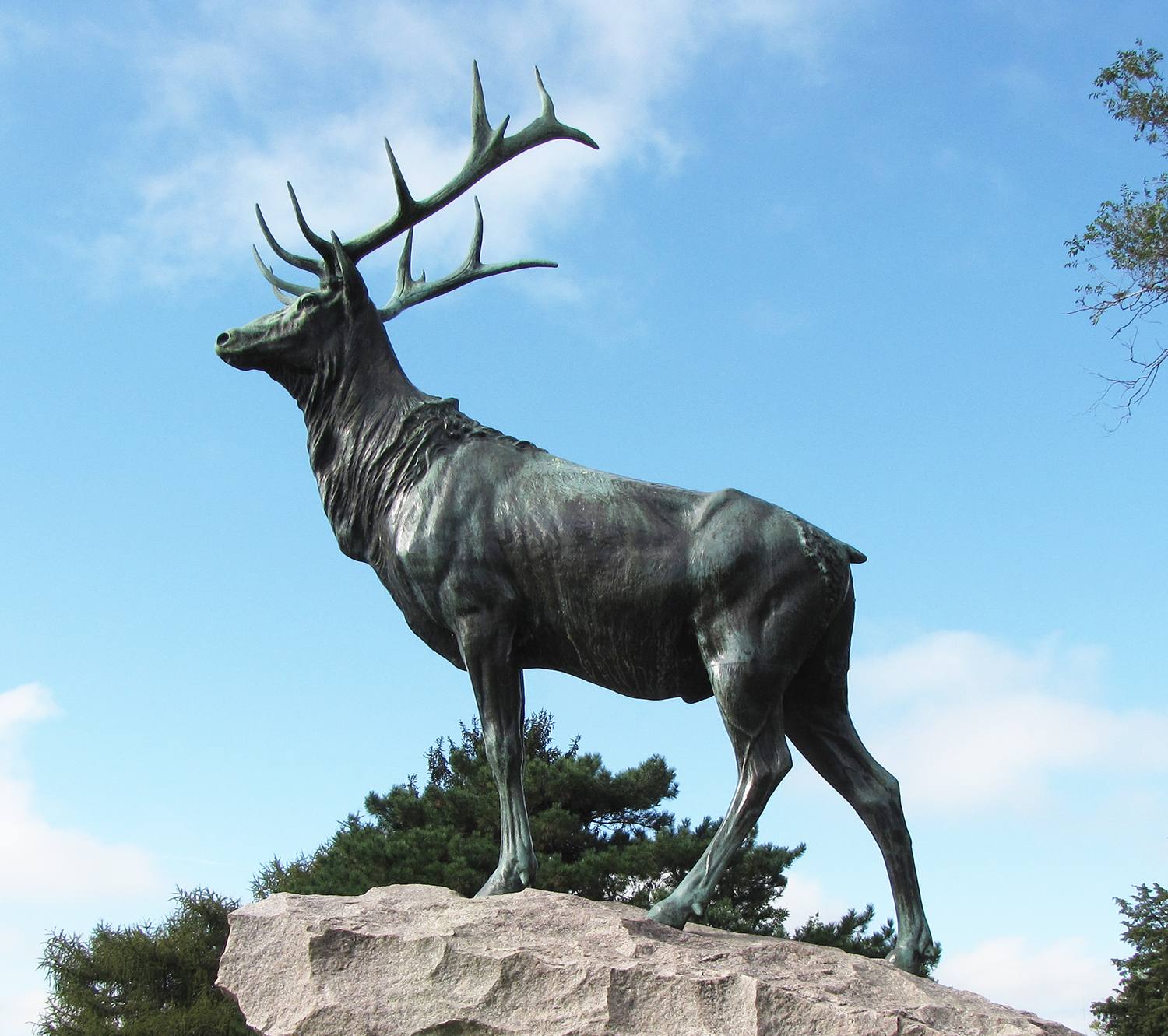 metal farm animal sculptures, elk statue