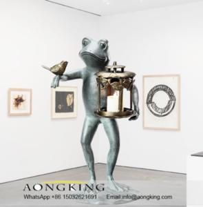 outdoor animal statues, frog ligure statue
