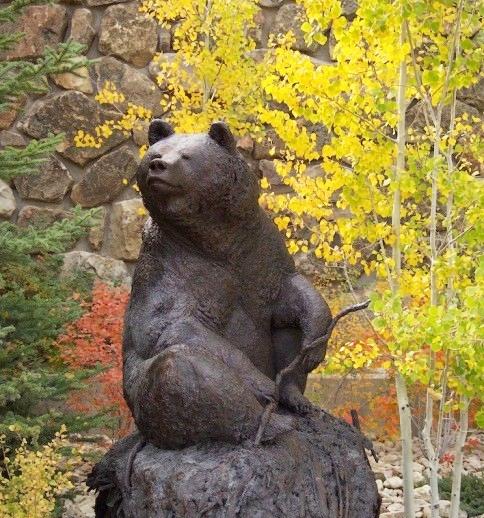 outdoor bear sculpture