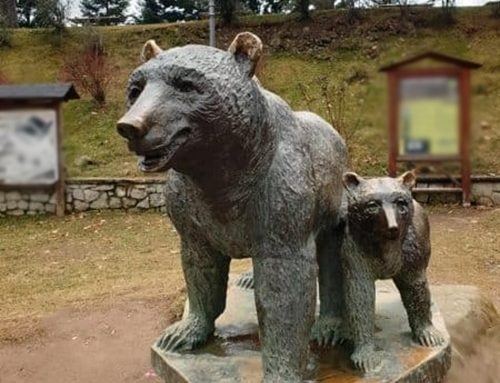 Bronze Outdoor Standing Smile Bear Sculpture