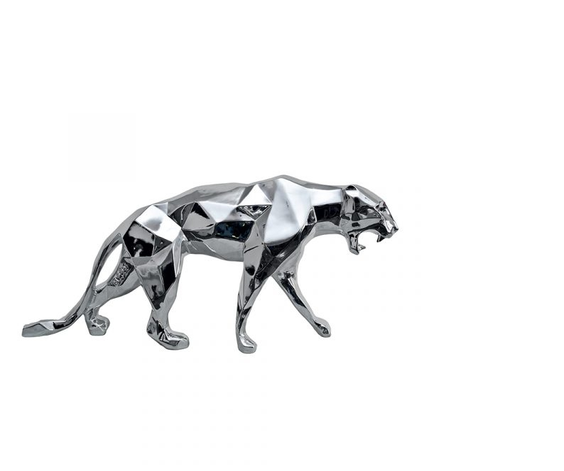 steel animal sculpture