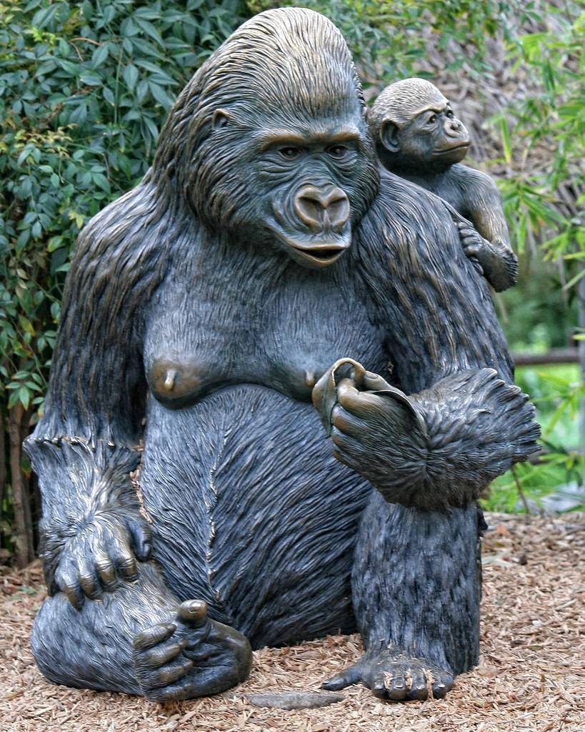 sculpture gorilla with baby