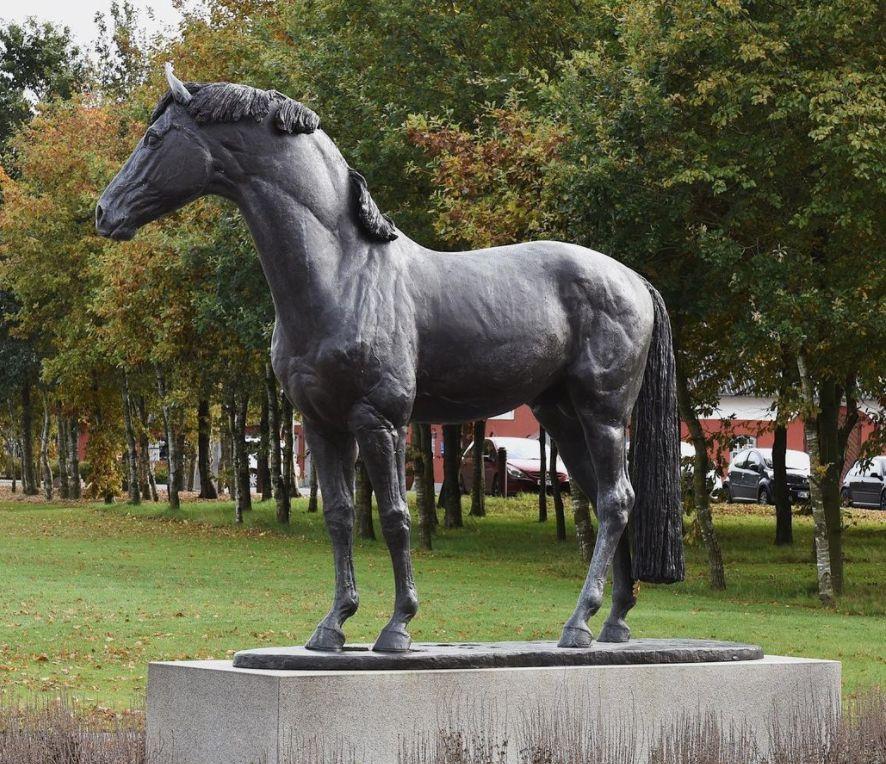 Arab equine art