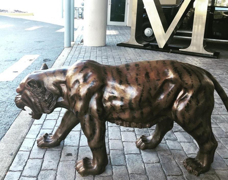 tiger outdoor statue
