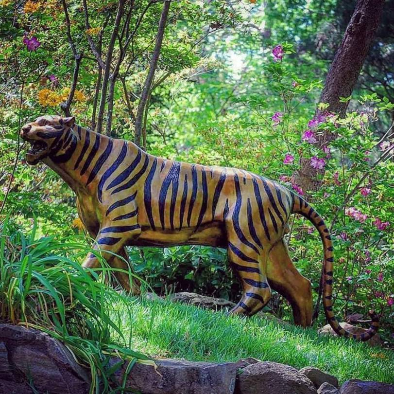 tiger statue for garden