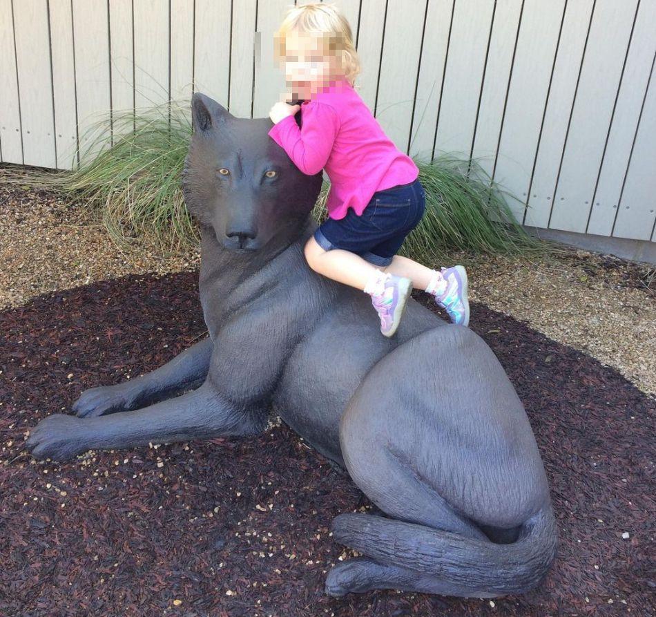 outdoor wolf statue