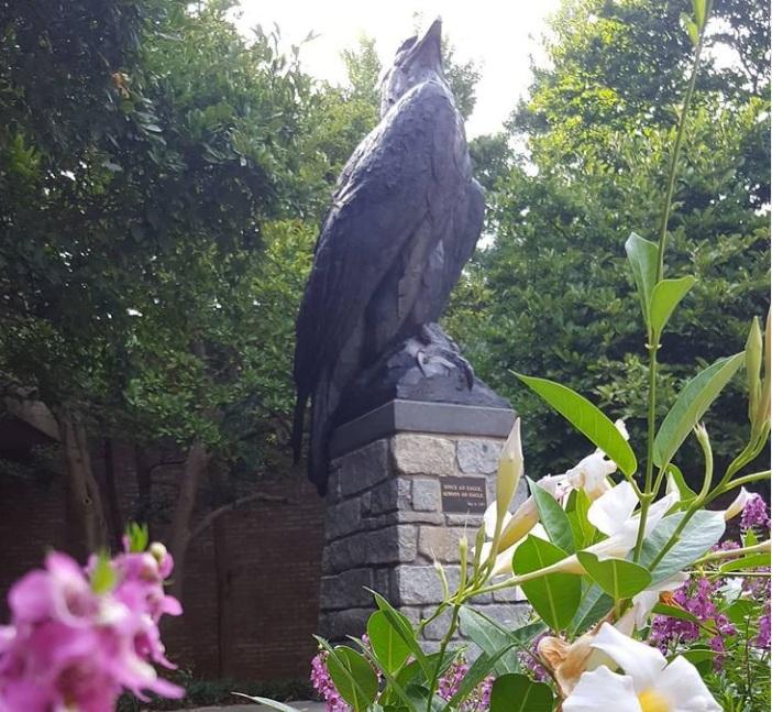 life size bald eagle statue