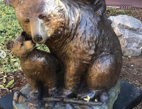 Outdoor Sweet Bronze Black Bear Garden Decor