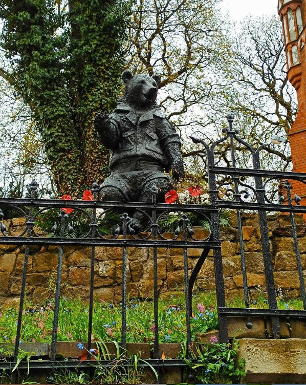 bear decor sculpture