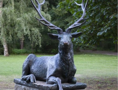 Large Lying Outdoor Bronze Garden Deer Sculpture for Sale